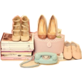 Doña Marisela Hartikainen - Cute Shoes And Boxes - Items